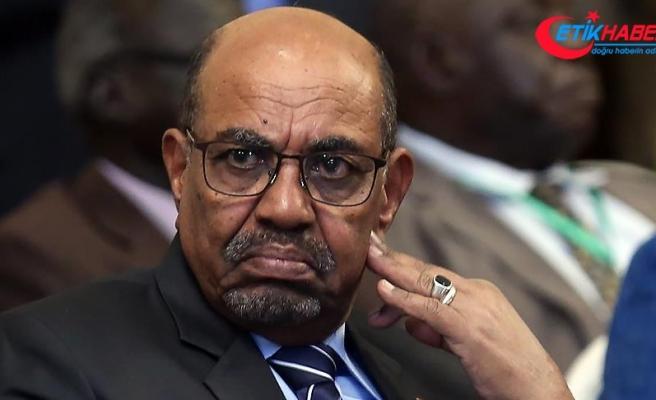 Sudan Cumhurbaşkanı Beşir: Diz çöktürme çabalarına rağmen krizden kurtulacağız