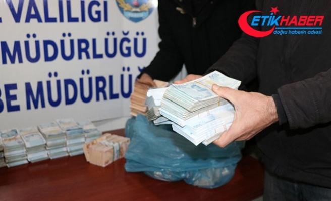 1 milyon 482 bin liralık soygunla ilgili 3 kişi tutuklandı