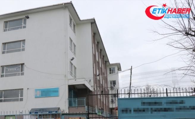 Avcılar'da okulda bıçaklı kavga: Bir öğrenci göğsünden bıçaklandı