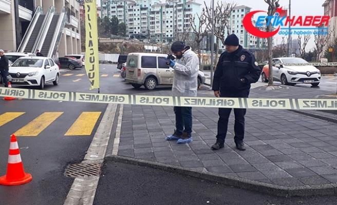 Başakşehir'de kuyumcu soygunu: Soyguncuların arkasından kurşun yağdırdı