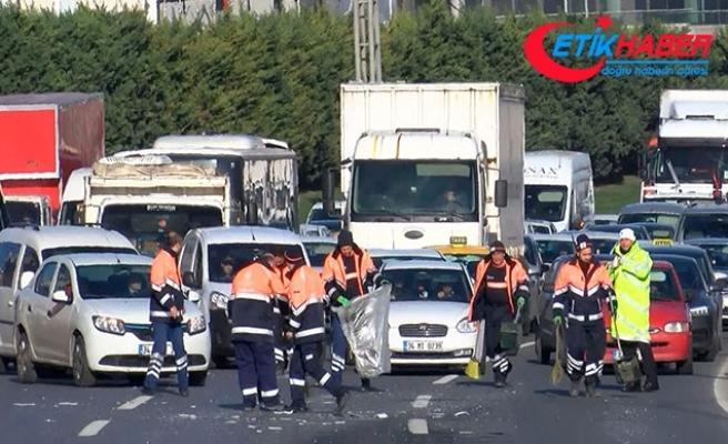 Basın Ekspres'te trafiği kilitleyen kaza