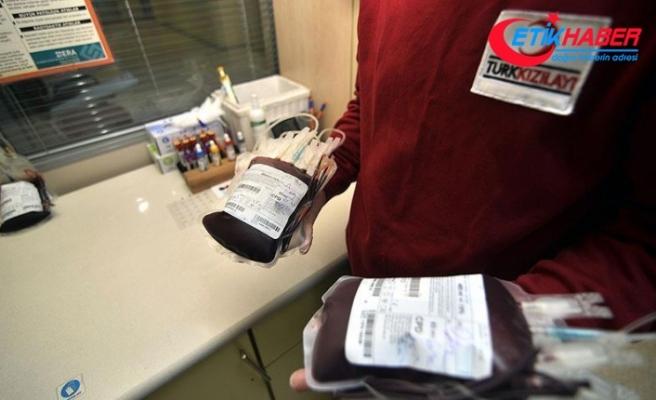 'Bir kişi kan bağışıyla 3 hastaya hayat veriyor'