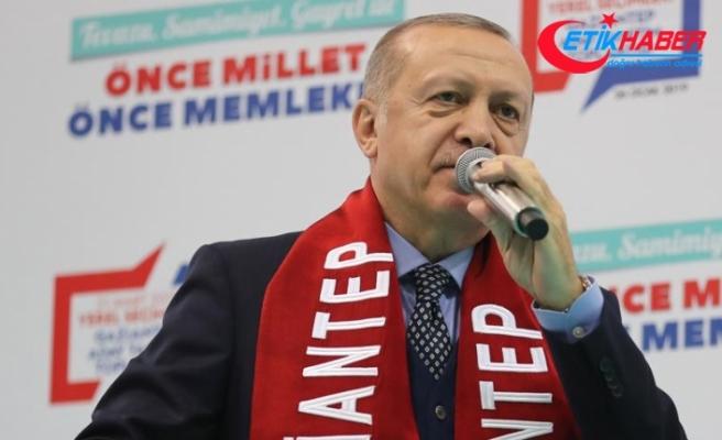 Erdoğan: Yanı başımızdaki kardeşlerimizi zalimlerin insafına bırakamayız