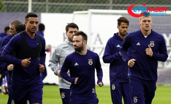 Fenerbahçe basına açık ilk idmanı yaptı