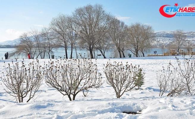 Gölbaşı Tabiat Parkı'nda kış güzelliği