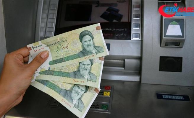'İran ekonomisi yeni yılda küçülecek'