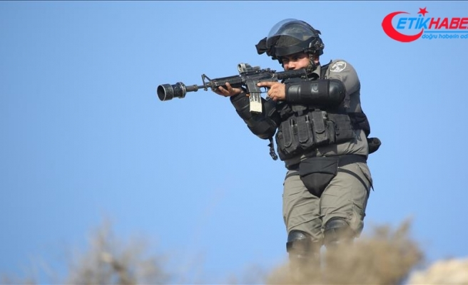 İsrail askerleri El-Halil'de bir Filistinliyi vurdu