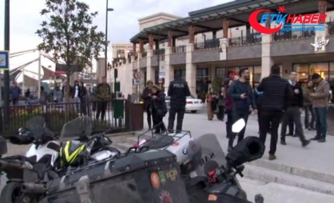 İstanbul'da AVM önünde silah sesi