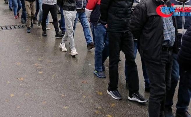 İzmir'de sosyal medyada terör propagandasına 14 gözaltı