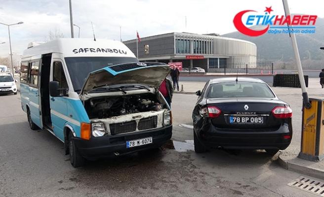Karabük Sağlık Müdürü Sarı, kazada yaralandı
