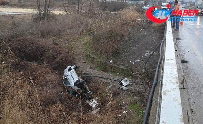 Keşan'da otomobil dereye yatağına düştü: 2 ölü