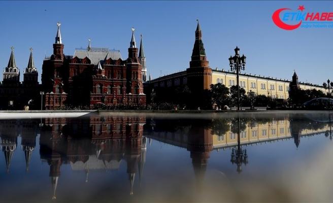 Kremlin Venezuela'daki girişimi 'yasa dışı' olarak nitelendirdi