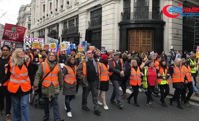 Londra'da 'sarı yelek' gösterileri