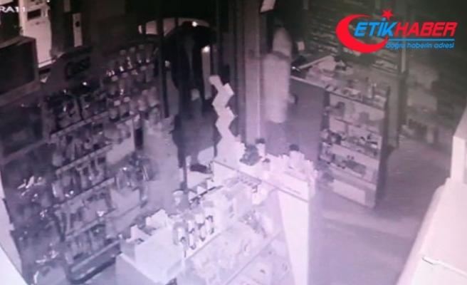 Maskeli hırsızlar, 100 saatlik kamera görüntüleri incelenerek yakalandı