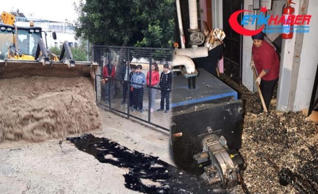 Okuldaki tanktan yakıt sızdı, eğitime 1 gün ara verildi