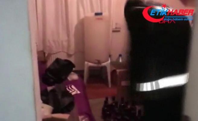 Sahte içki imalathanesine yapılan baskında polise 'kaçak et' sürprizi