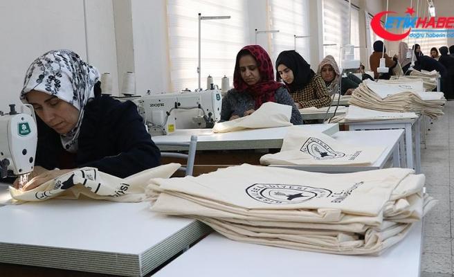'Sıfır Atık Projesi'ne destek veren belediyeden 50 bin bez torba