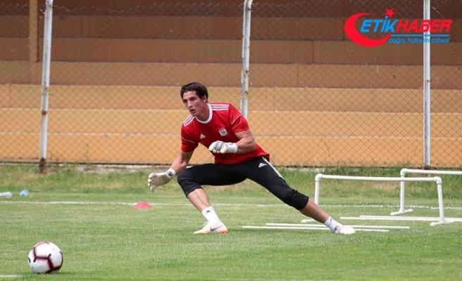Sivasspor'da Uruguaylı kaleci Rochet formayı unuttu