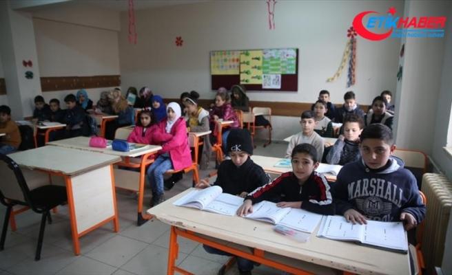 Suriyeli Kürt öğrencilerin 'terörsüz vatan' özlemi