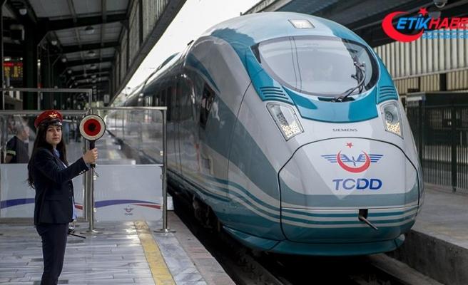 Ulaştırma ve Altyapı Bakanı Turhan: Antalya ile İzmir hızlı trenle bağlanacak