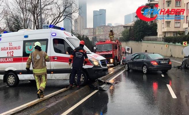 """Yaralılara ulaşamayan ambulansa itfaiyeden """"takozlu"""" yardım"""
