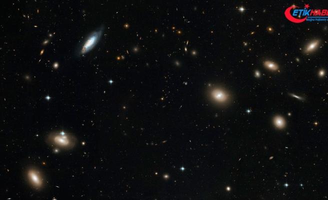 300 bin uzak galaksi keşfedildi