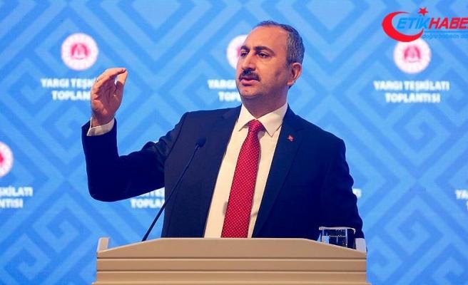 Adalet Bakanı Gül: Mahkemelerimiz milleti ikna etmeli
