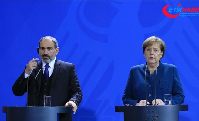 Almanya Başbakanı Angela Merkel: Rusya ile konuşmak lazım