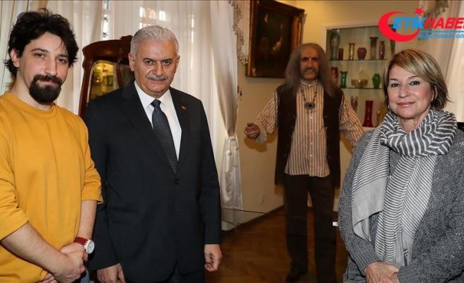 Binali Yıldırım, Barış Manço Evi'ni ziyaret etti