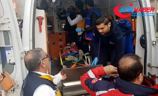 Çocukların üzerine bahçe duvarı yıkıldı: 3 çocuk yaralı
