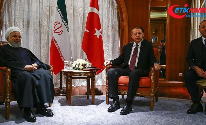 Erdoğan ve Ruhani Soçi'de bir araya geldi