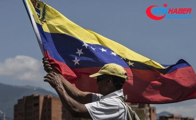 Guaido'dan 12 Şubat'ta yeniden sokağa çıkma çağrısı