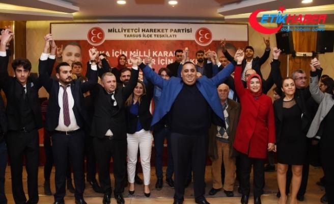İP'den 297 Kişi MHP'ye Geçti