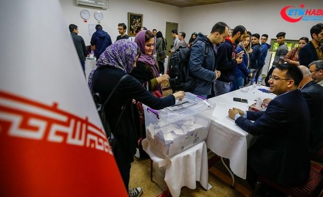 İran'da genel seçim tarihi belli oldu