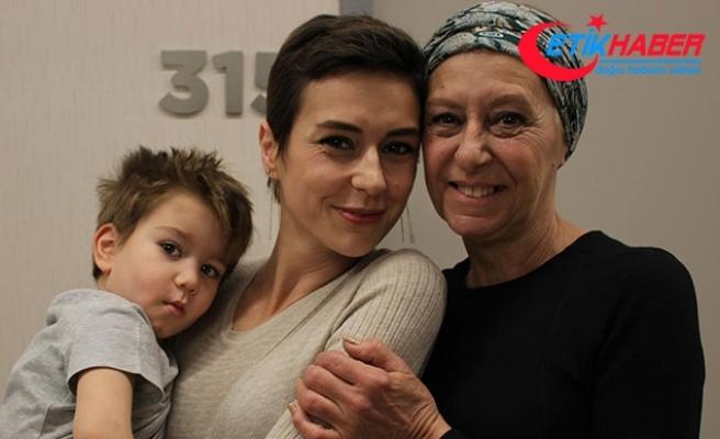 Kanser anne-kız hastalığı birlikte yendi