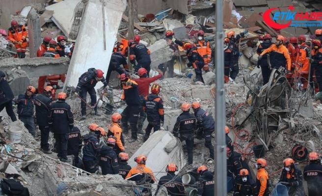 Kartal'da çöken binada 17 kişi hayatını kaybetti