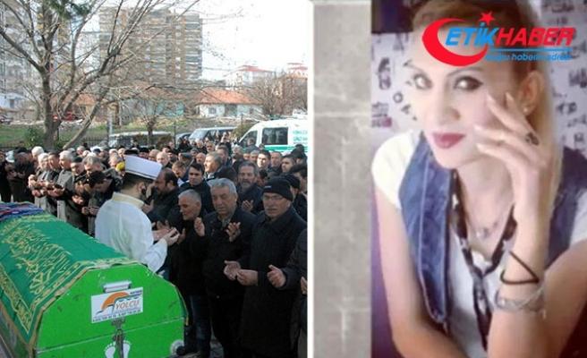 Kırıkkale'de dövülerek öldürülen Sibel, toprağa verildi