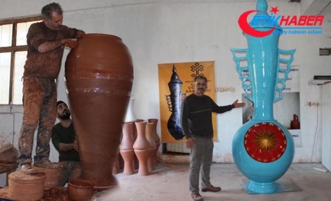 Menemen'den Cumhurbaşkanlığı'na dev vazo