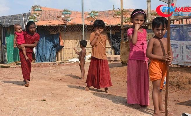'Myanmar ordusu Arakan'da çocukları canlı canlı ateşe attı'