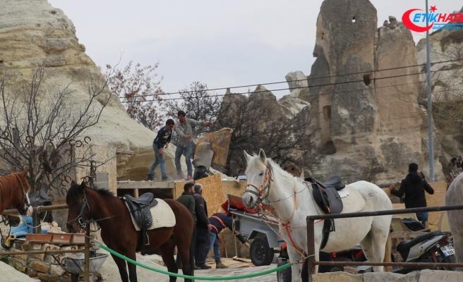 Peribacaları'ndaki çalışmalara 4 yapının yıkımıyla devam edildi
