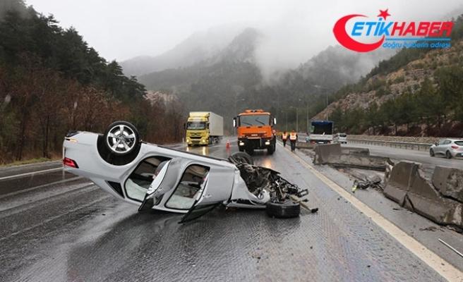 Pozantı'da TIR ile otomobil çarpıştı: 2 yaralı