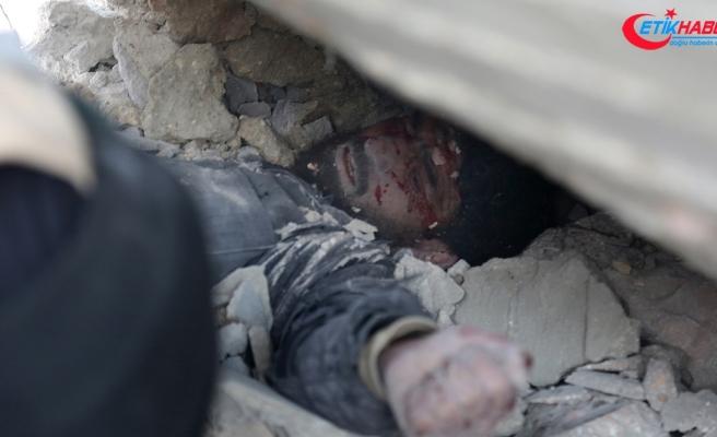 'Rejim İdlib'de silahsızlanma bölgesinde sivilleri öldürdü'