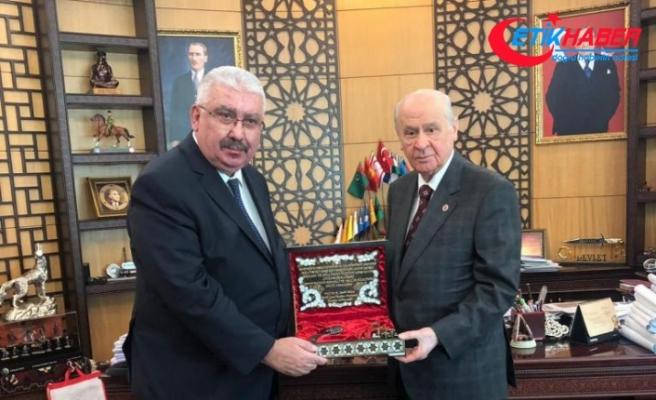 Semih Yalçın'dan, MHP lideri Devlet Bahçeli'ye 121 yıllık hediye
