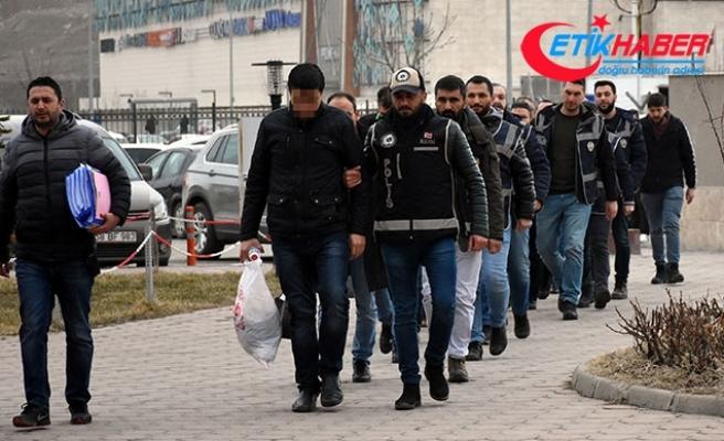 Sivas'ta 10 FETÖ şüphelisi adliyede