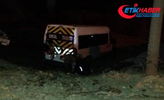 Sürücünün terk ettiği minibüste 34 kaçak göçmen yakalandı