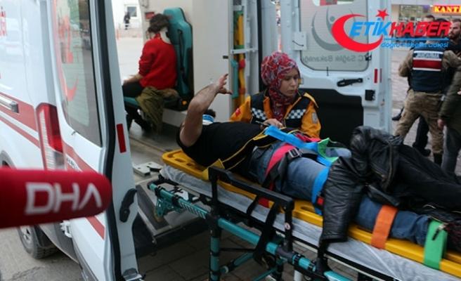 Tokat'ta öğrenci servisi otomobille çarpıştı: 10 yaralı