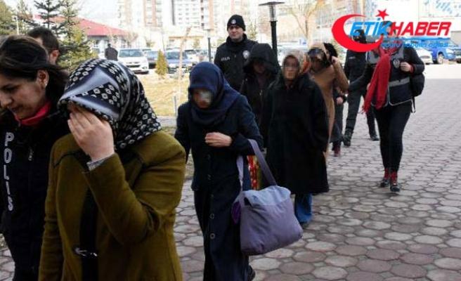 3 ilde FETÖ'nün finans yapılanmasına operasyon: 32 gözaltı