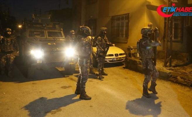 Adana'da terör propagandası operasyonu: 12 gözaltı