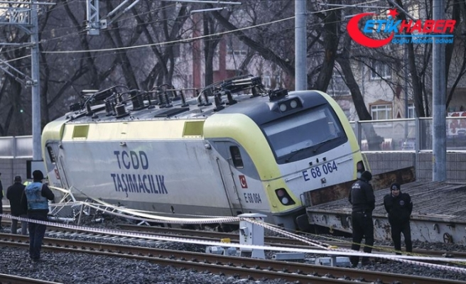 Ankara'da raydan çıkan yük treninin 2 makinisti gözaltına alındı