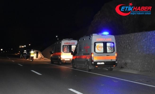 Ankara'da sporcuları taşıyan midibüs devrildi: 1 ölü, 17 yaralı